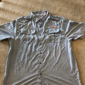 Men's buttoned shirt